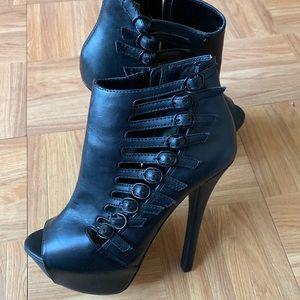 Shi Black Heel Booties